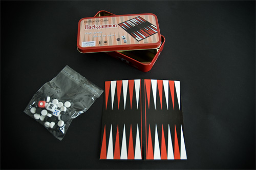 Backgammon con tablero de cartón